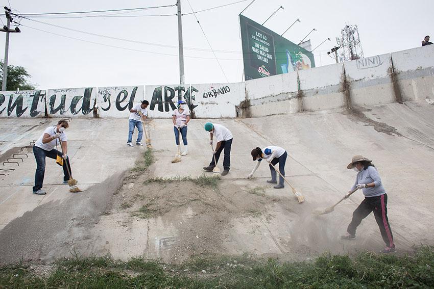 Limpieza del río Piura 23 de mayo de 2015Fotografía Desyree Valdiviezo Palacios17