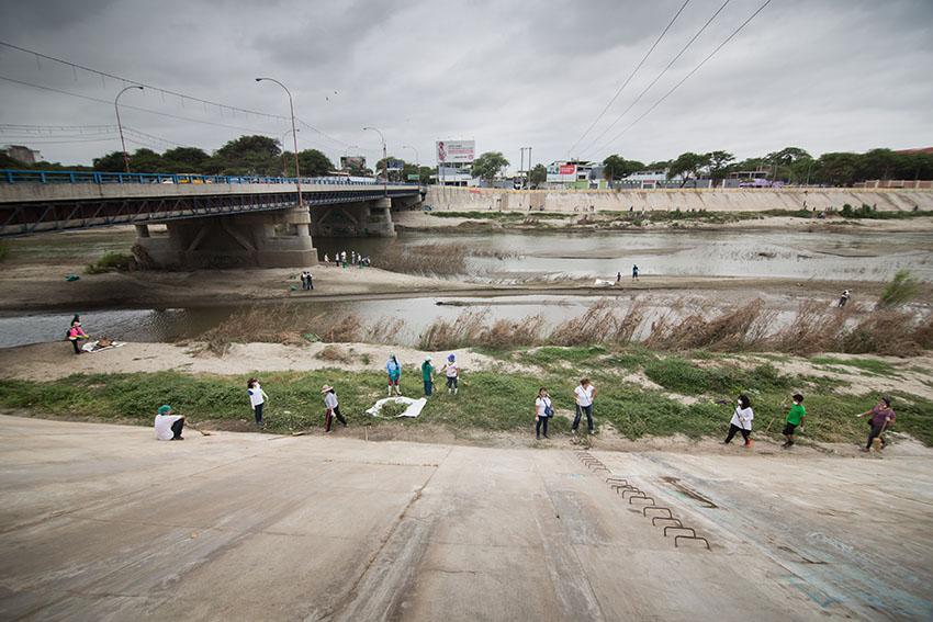 Limpieza del río Piura 23 de mayo de 2015Fotografía Desyree Valdiviezo Palacios22
