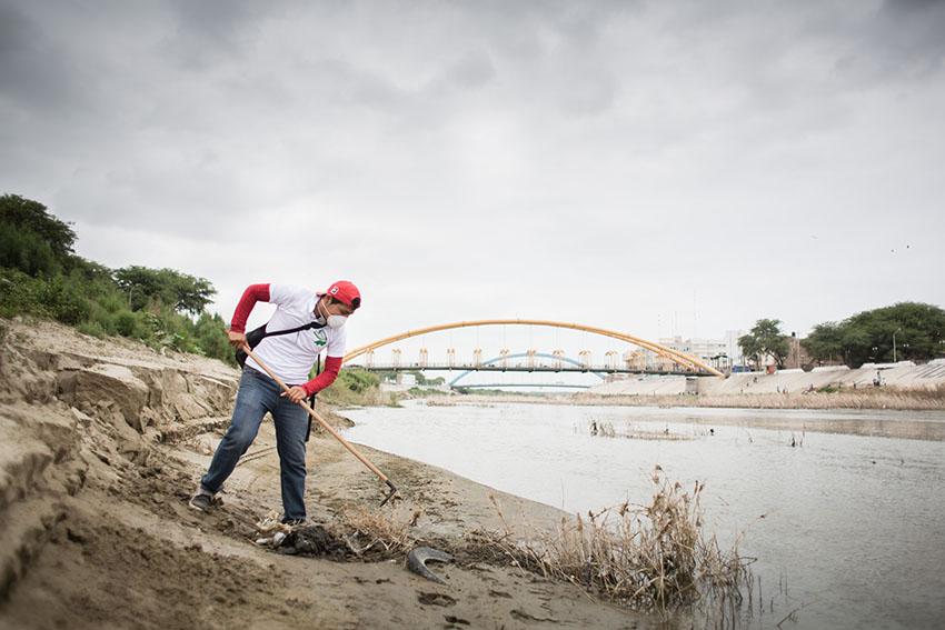 Limpieza del río Piura 23 de mayo de 2015Fotografía Desyree Valdiviezo Palacios23