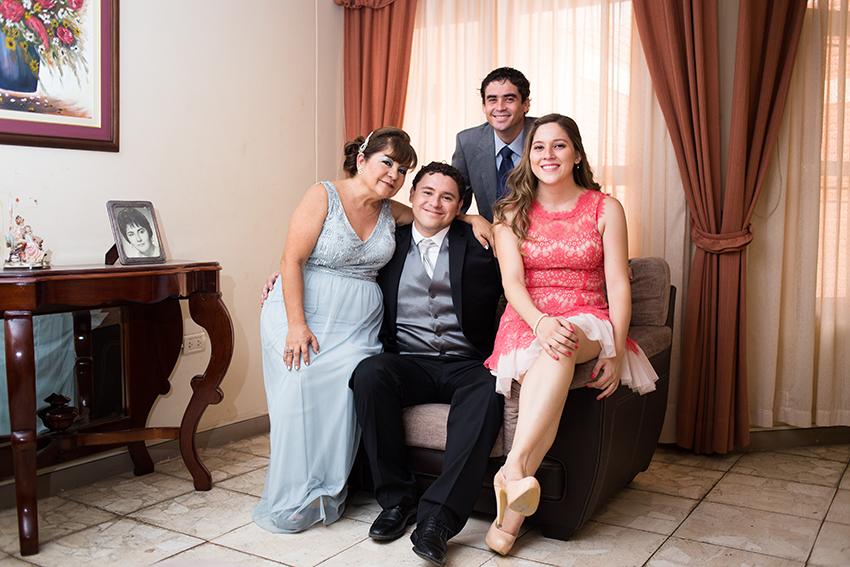 Boda Liz y Carlos27 de junio de 2015 Fotografía- Desyree Valdiviezo Palacios48